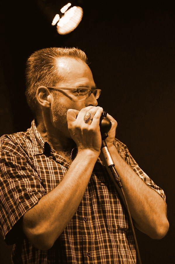 Marcus Grundmann. Bluesharp.